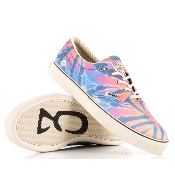 http://skateaffair.pl/wp-content/uploads/2012/01/Emerica-Reynolds-Cruisers-Skate-3-Collaboration-z.jpg