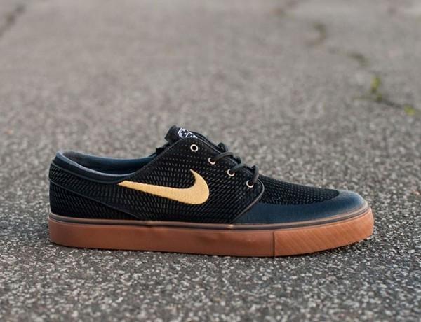 Nike SB – Stefan Janoski SE – Black Metallic Gold Gum was last modified   Lipiec 29th 56b74703ddb5