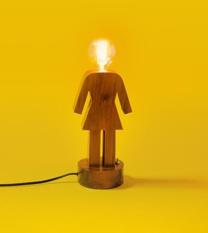 girl-oglamp-crail-1_large