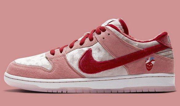 "Nike SB Dunk Low ""Strangelove"""